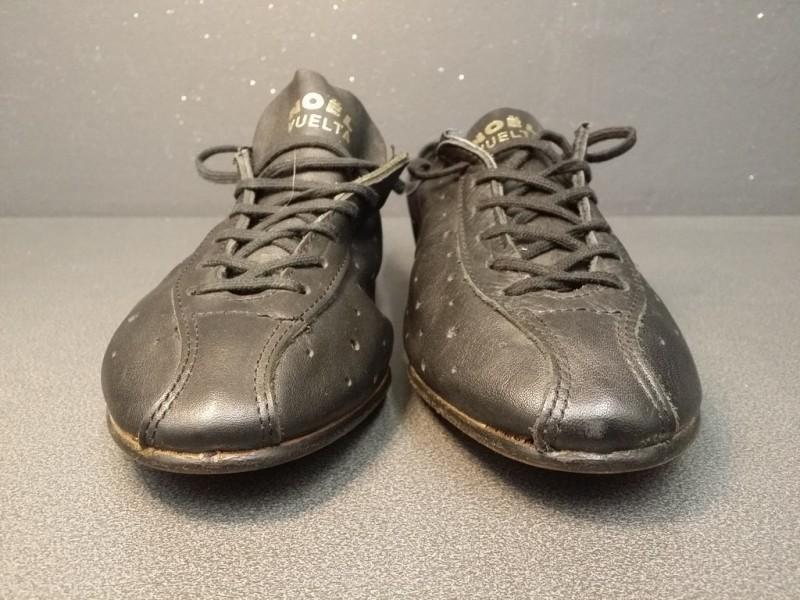 """Chaussures NOS """"NOËL VUELTA"""" Taille 40 (Ref 06)"""