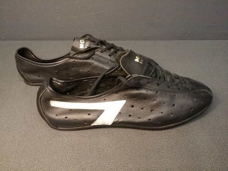 """Zapatos de NUESTRA """"NAVIDAD VUELTA"""" Tamaño 40 (Ref 06)"""