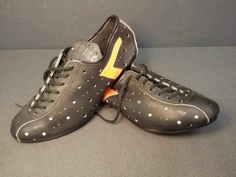 """Chaussures NOS """"AGIRO noir/orange"""" Taille 39 (Ref 08)"""