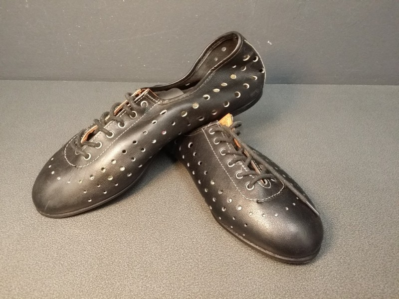 "Chaussures NOS "" HUNGA"" Taille 40 (Ref 26)"