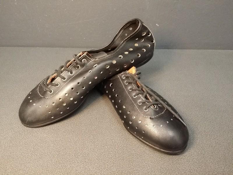 """Zapatos de NUESTRA """"HUNGA"""" Tamaño 40 (Ref 26)"""