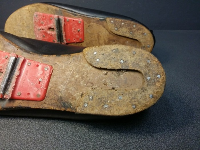 """Chaussures  """"A.VARTHIES"""" Taille 40 (Ref 25)"""
