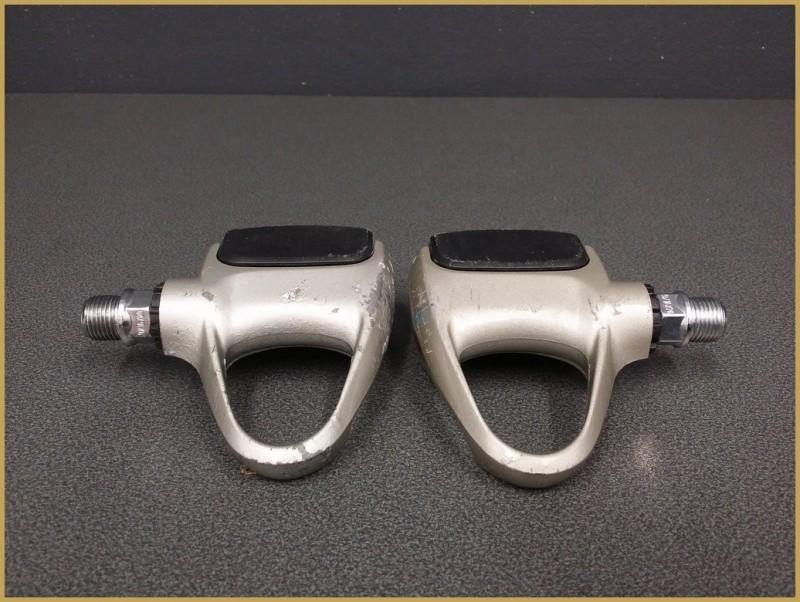 """Los pedales automáticos """"CAMPAGNOLO CHORUS"""" (Ref 423)"""