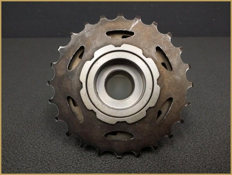 "Free wheel ""SUNRACE"" 7v 13/24 (Ref 412)"