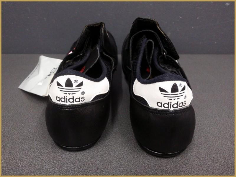 """Zapatos de NUESTRA """"ADIDAS"""" - Tamaño 40 2/3 (Ref 32)"""