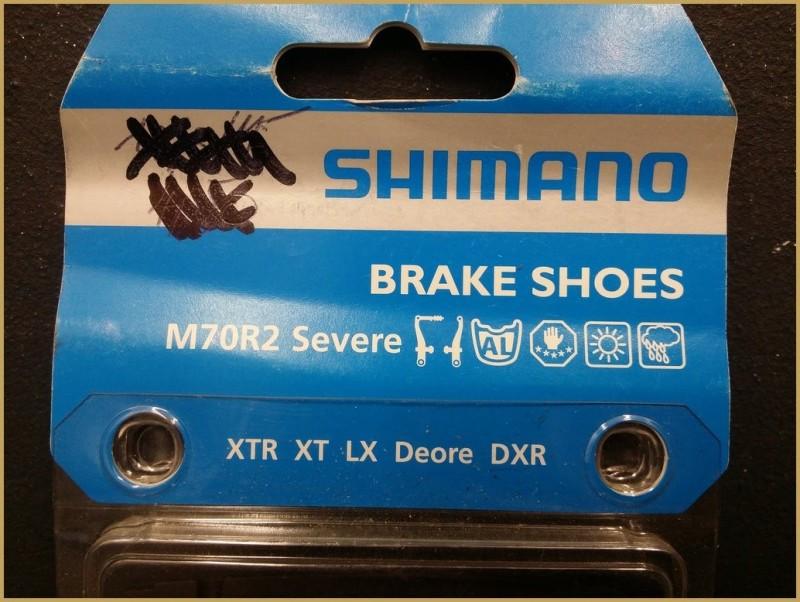 "Patins NOS ""SHIMANO V-BRAKE"" (Ref 14)"