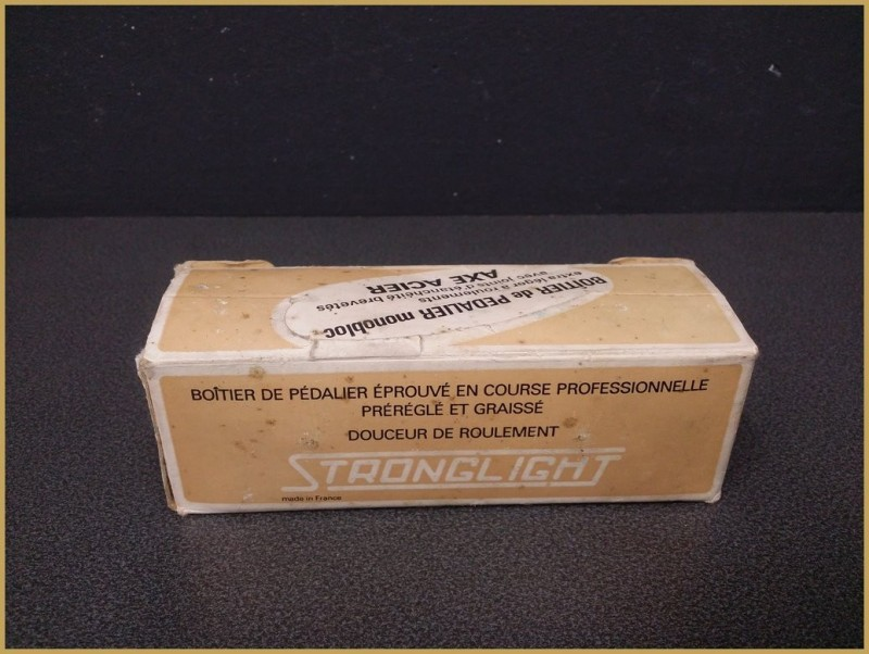 "Tretlager UNSERE ""STRONGLIGHT 700A"" 118mm ITALIENISCH (Ref 204)"