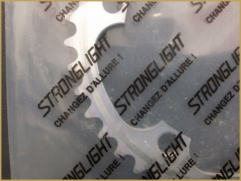 "Plateau NOS ""STRONGLIGHT"" 42d BCD 130 (Ref 443)"