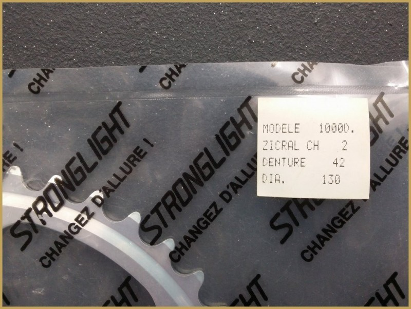 "Plateau NOS ""STRONGLIGHT"" 42 teeth (Ref 443)"